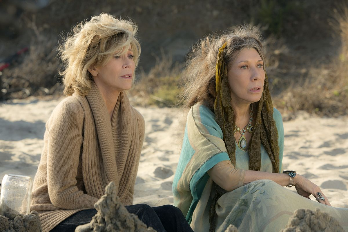 good netflix series right now - grace and frankie