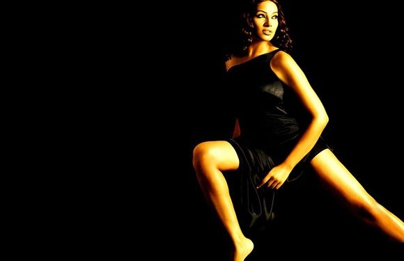 Hottest Female Villains - Bipasha Basu