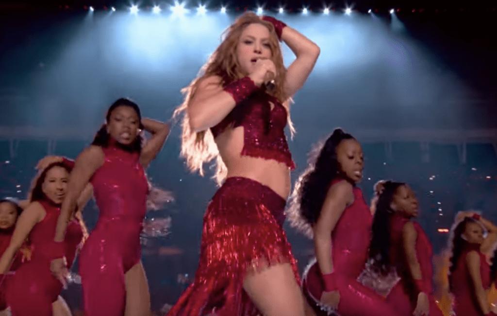 Bollywood Badshah Shah Rukh Khan in awe of Shakira's Super Bowl performance