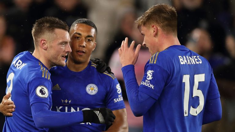 Vardy back among goals as Leicester thump Villa 4-0