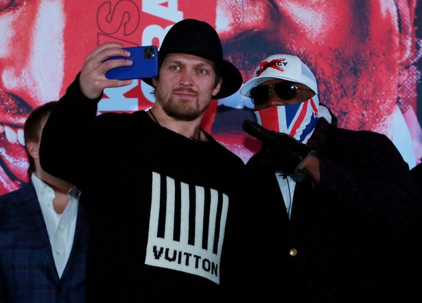 Usyk-Chisora promoted May showdown Friday